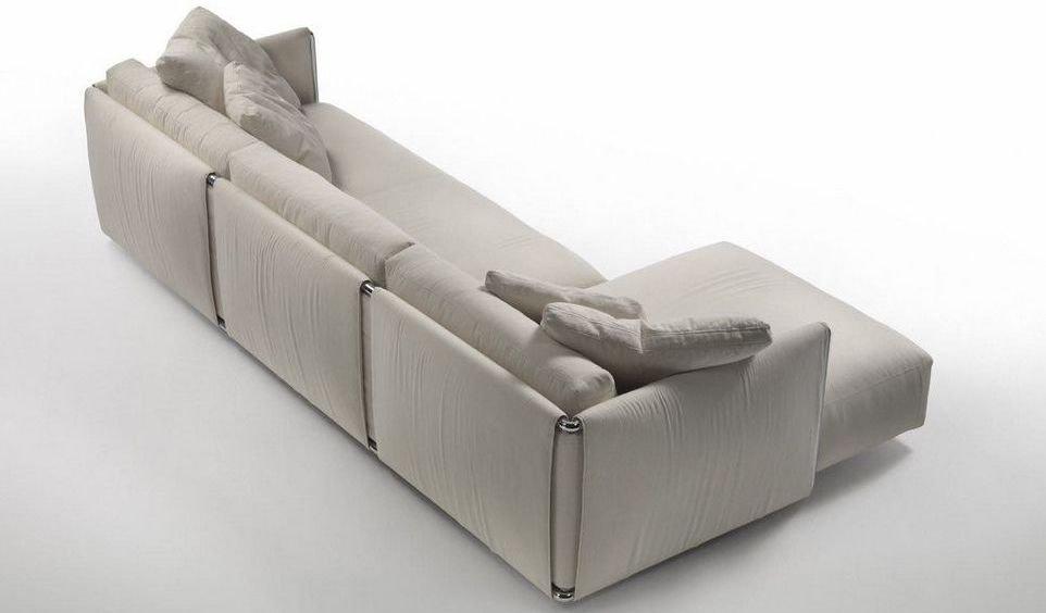 Sofá 4 plaza tapizado de tela